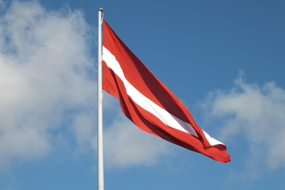 Латвия заявила о двух российских кораблях вблизи границы страны