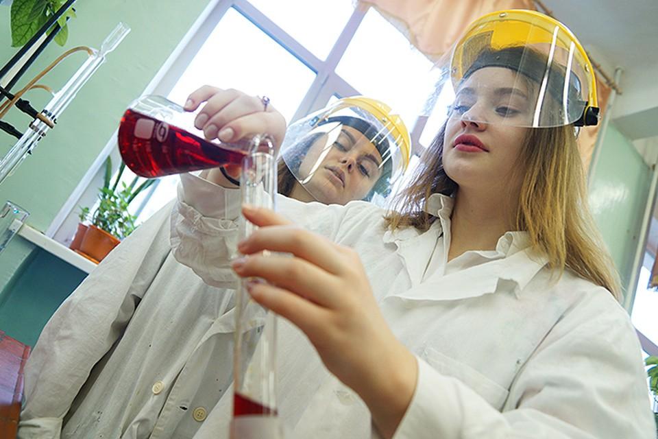 Среди молодых специалистов самая высокая зарплата у технарей