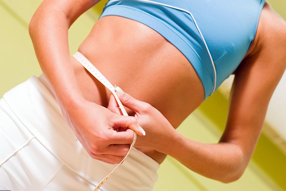 Если в процессе похудения вес не сильно изменился, зато стала застегиваться одежда на размер меньше, значит, организм избавился от излишков застоявшейся в подкожной клетчатке жидкости