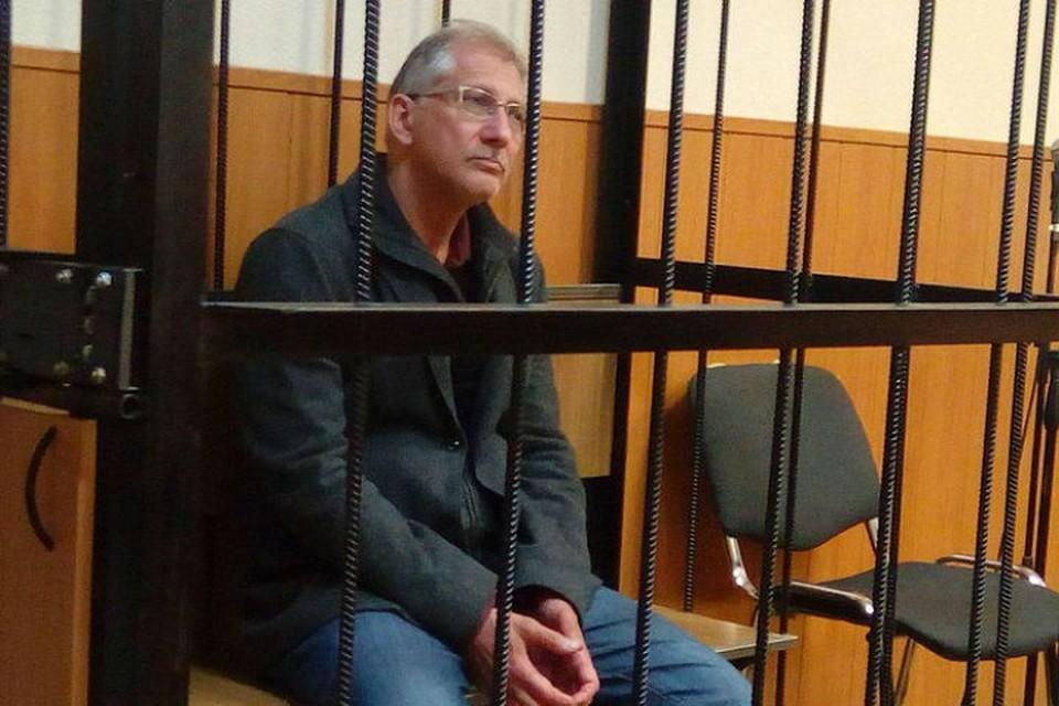 Следователи боятся, что Слабиков сбежит за границу
