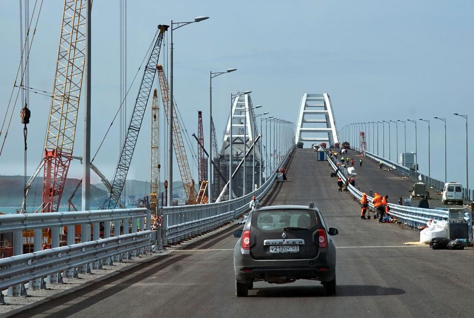 Проезд по мосту откроется 16 мая.