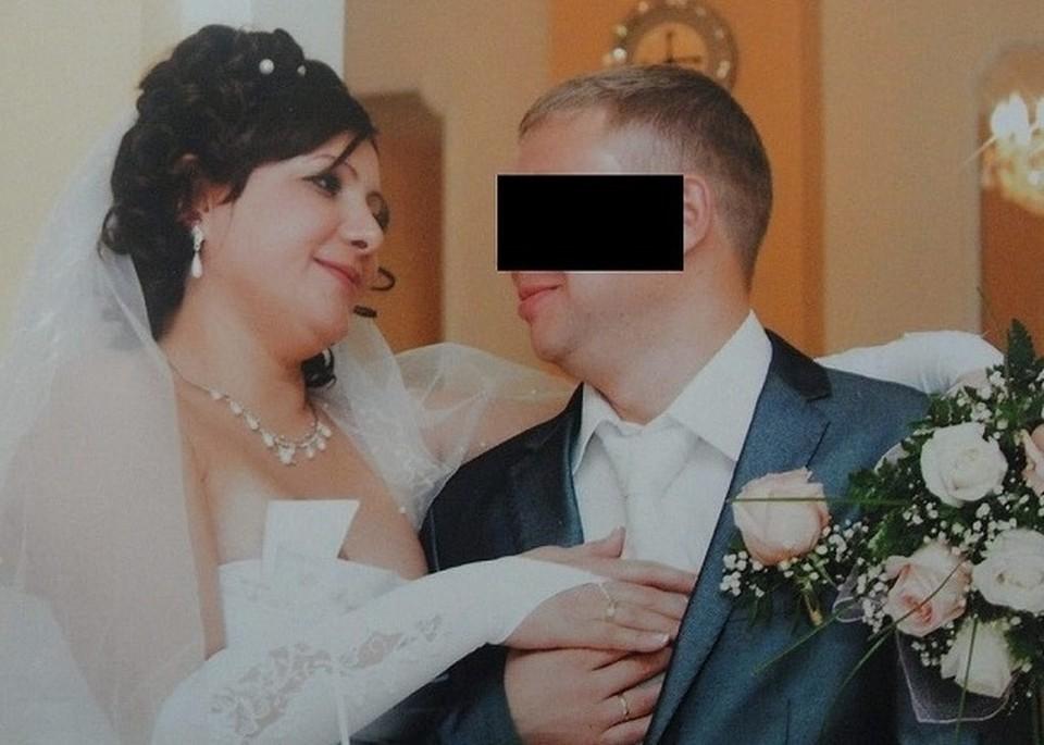 Свадьба Галины и Максима. После «конфетно-букетного» периода у мужа начались приступы агрессии. Фото: личный архив