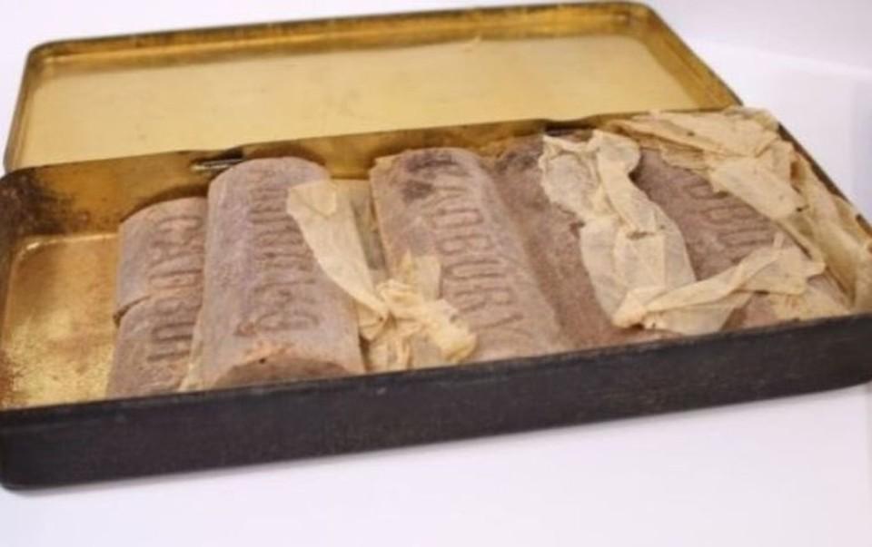В Великобритании нашли коробку с хорошо сохранившимися шоколадками, выпущенными 103 года назад