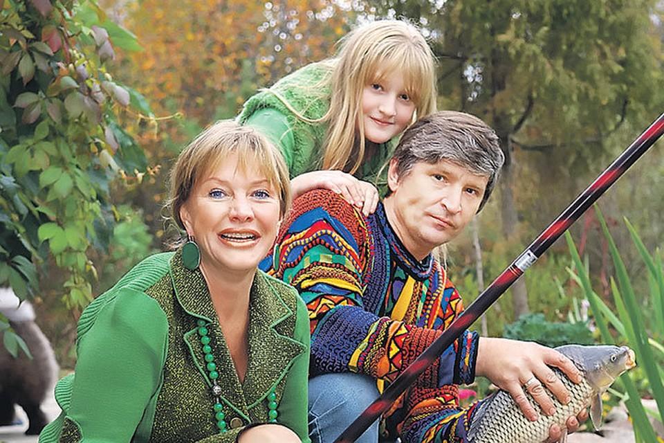 Елена и Андрей прожили в браке больше 30 лет и вырастили дочь Полину. Фото: PhotoXPress.ru