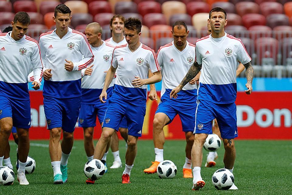 Преимущества сборной России: более высокий класс футболистов, свое поле, свои трибуны