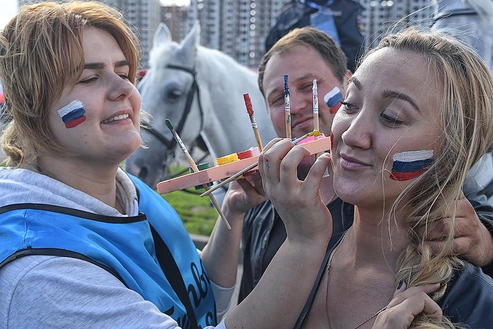 Русские женщины обучают сексу молодых
