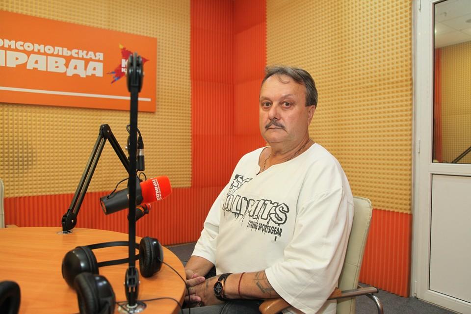 Отец центрального защитника Ильи Кутепова Олег Кутепов
