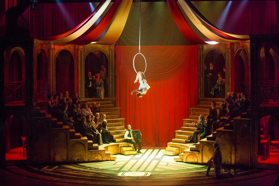Вернется «Принцесса цирка» в Москву только в декабре. Фото: Александр Утюпин