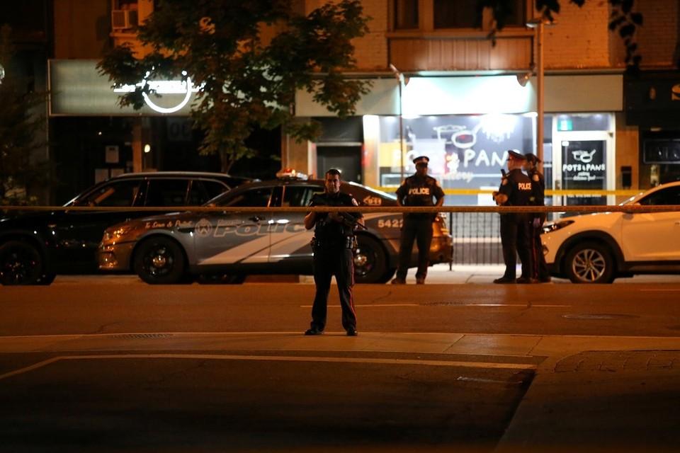 Жертвами стрельбы в Торонто стали два человека