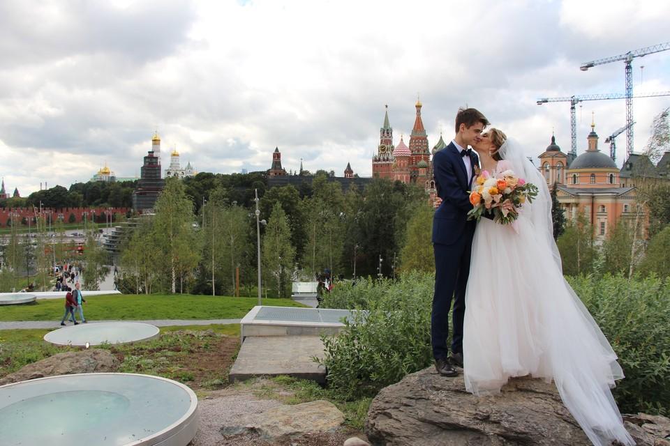 Выбрать дату регистрации брака можно будет и по интернету