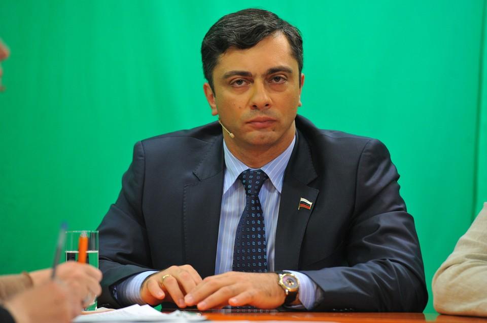 Первый заместитель председателя комитета Государственной думы России по промышленности Владимир Гутенев