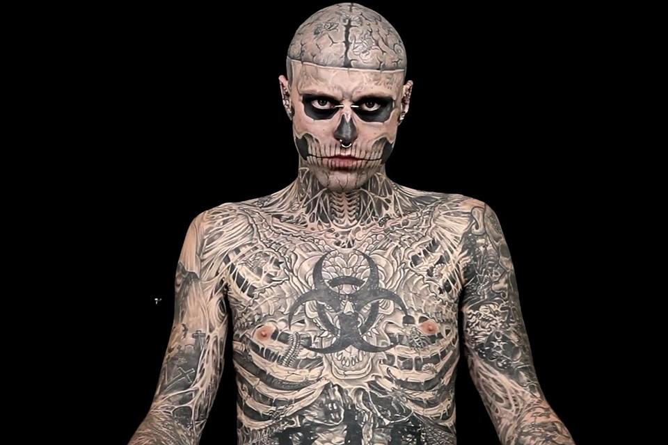 Первую татуировку Рик сделал еще в 16 лет, через год после того как излечился от рака.