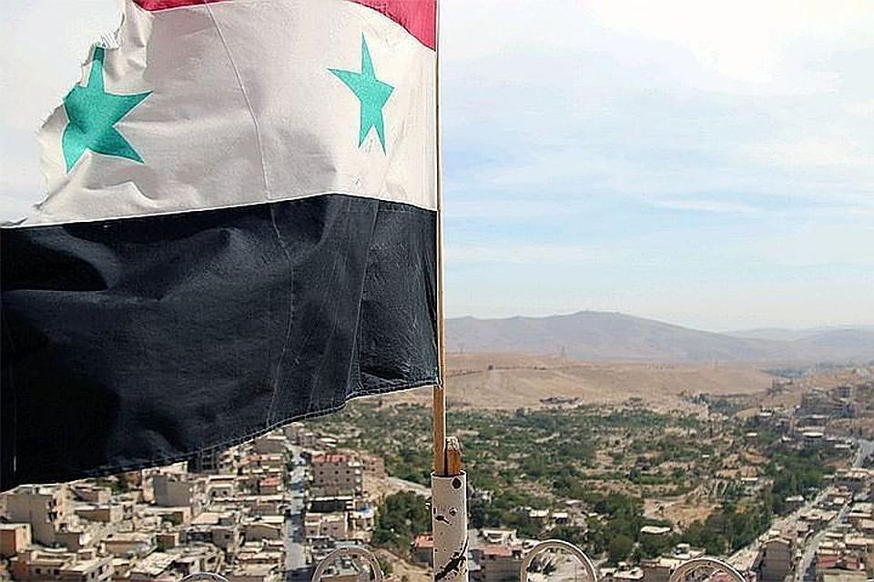 05:36Сирийские ПВО сбили вражеский объект в небе над Дамаском