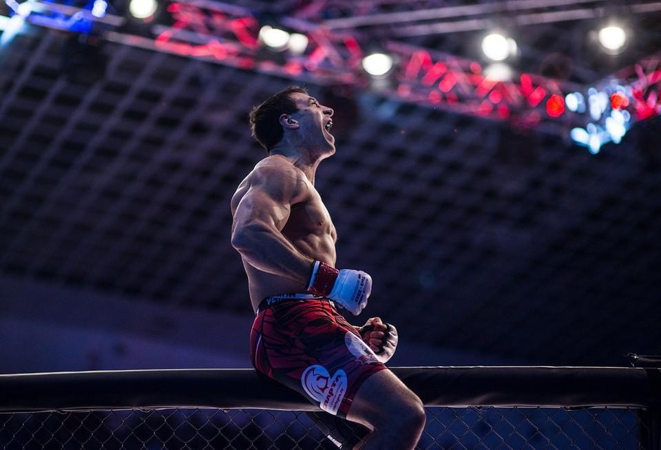 Станислав Клыбик выиграл бой у француза нокаутом. Фото: личная страница Вконтакте