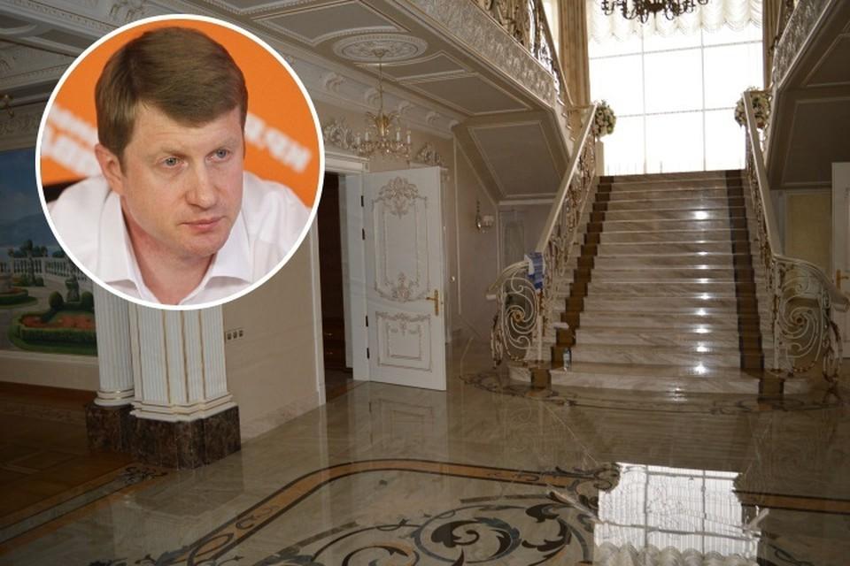 Васильев построил шикарный дом