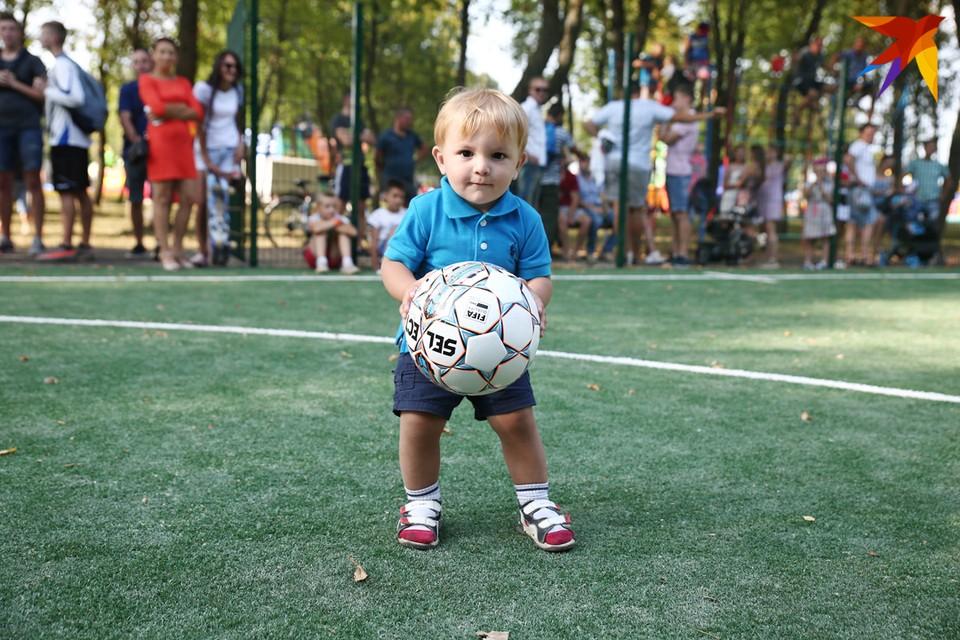 Будущий футболист!