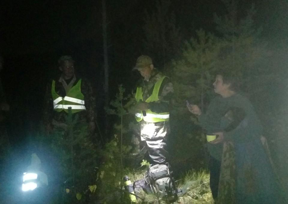 """Женщину нашли в лесу. Фото: ВПСО """"Сова"""" Ржев, Зубцов"""