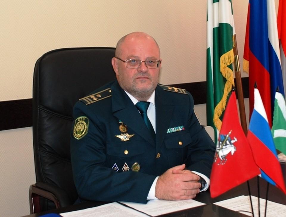 Службу на таможне Алейников начал в 1995 году