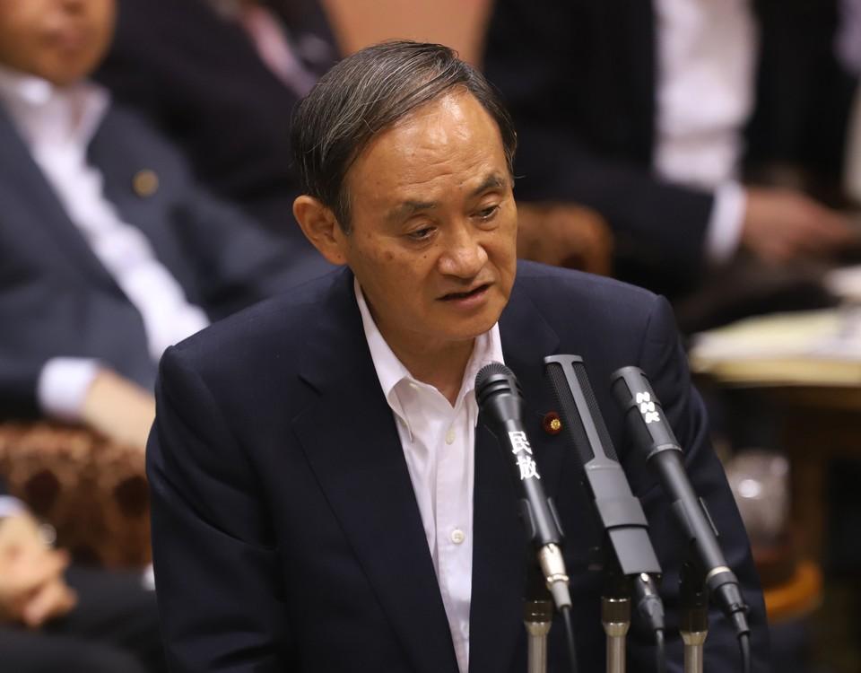 Генеральный секретарь правительства Японии Ёсихидэ Суга