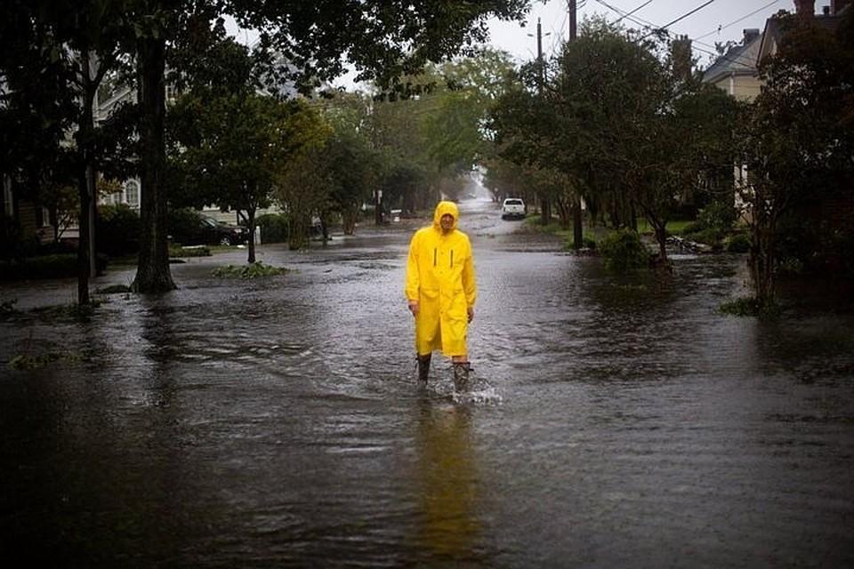 """На Америку обрушился ураган """"Флоренс"""""""