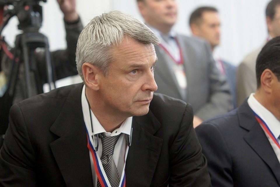 Губернатор Сергей Носов не будет устраивать кадровых революций в правительстве, ожидаемых от него жителями Колымы