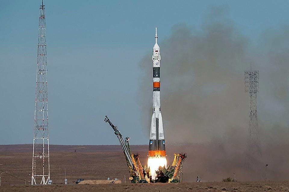 """Во время старта ракеты """"Союз"""" к МКС произошла авария носителя"""