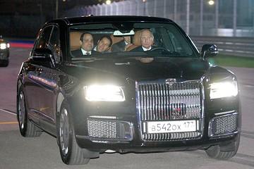 Путин прокатил Сиси на своем лимузине