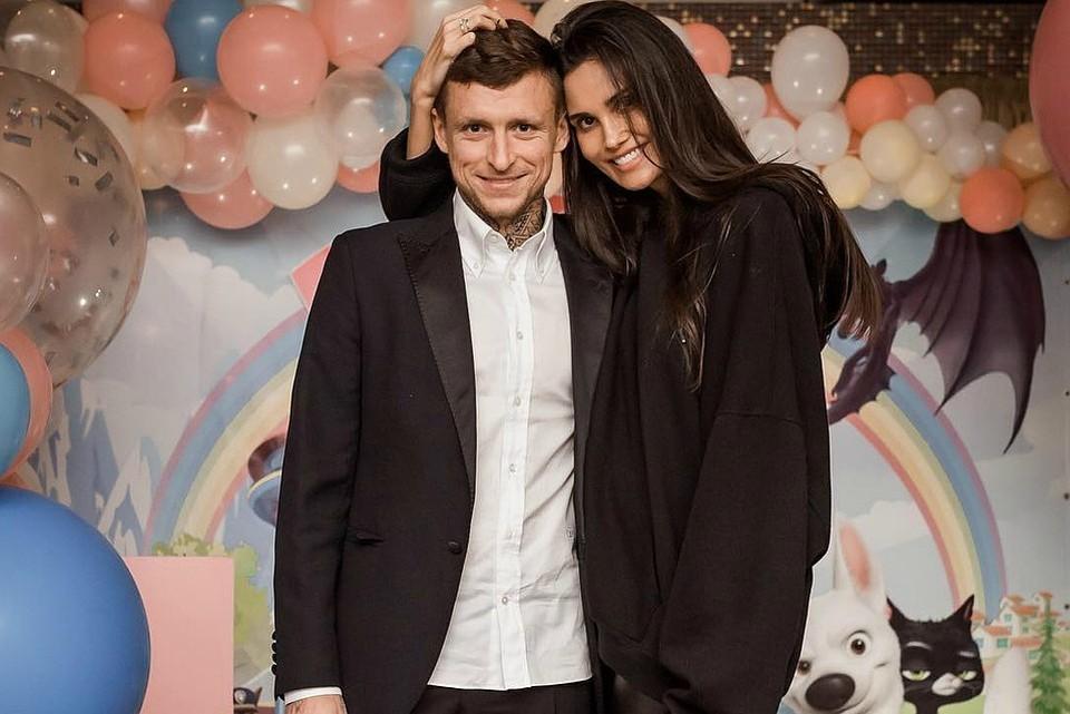 Павел и Алана Мамаевы. Фото: instagram.com/alana_mamaeva/