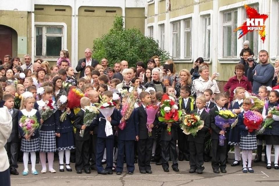 Помощь школам - приоритетное направление работы депутатов ТГД