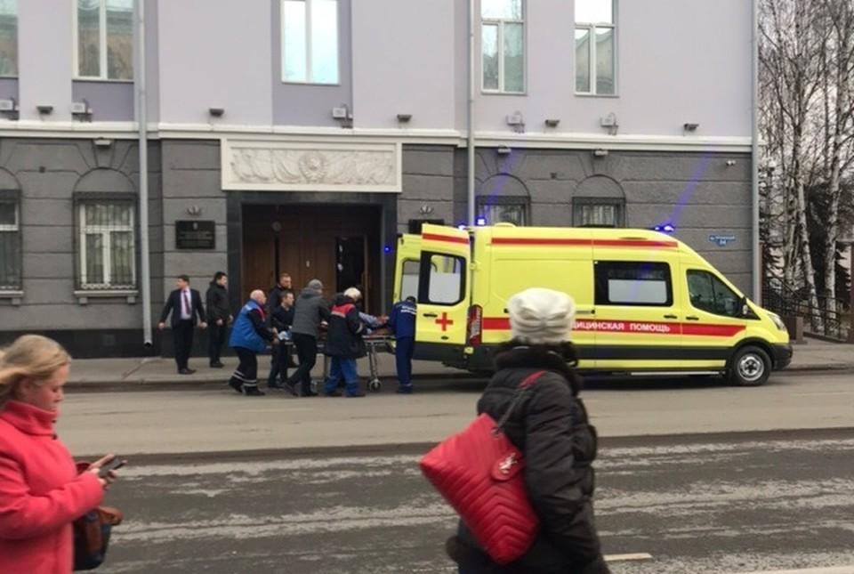 Взрыв прогремел в здании ФСБ Фото: Марина Вавилина