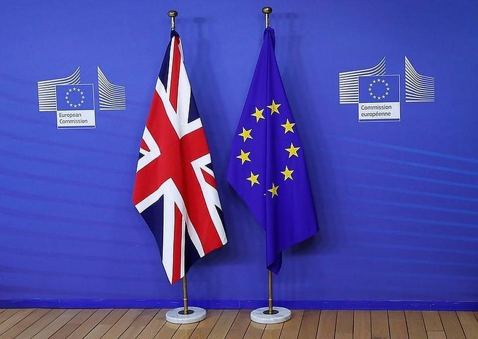 Лондон рассчитывает заключить с Брюсселем сделку по Brexit до 21 ноября