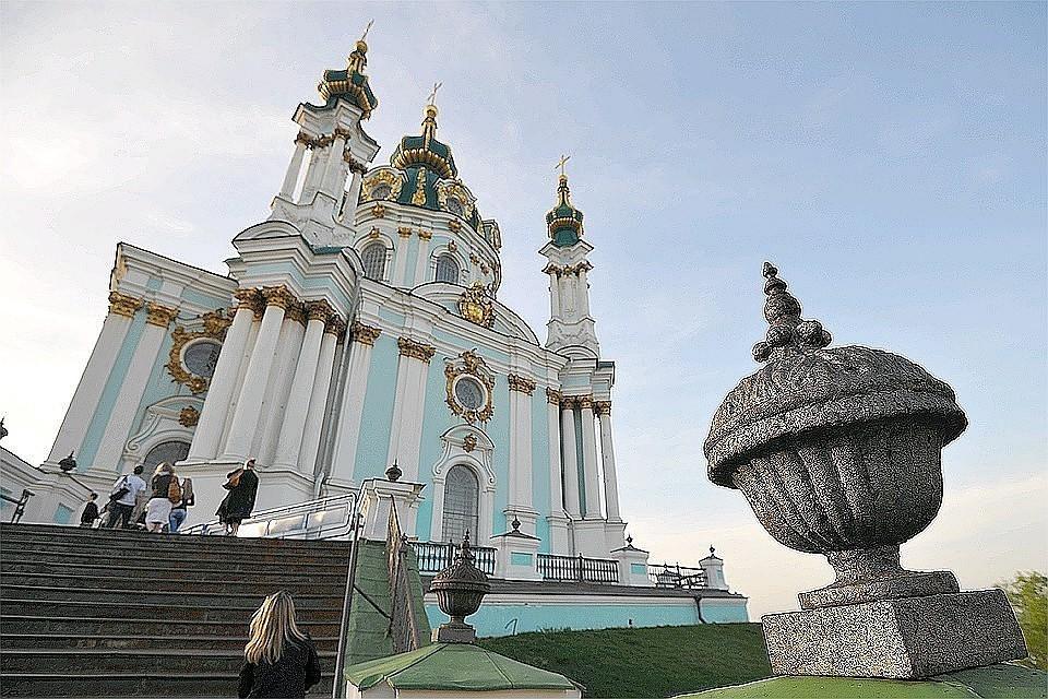 Порошенко утвердил передачу Андреевской церкви в Киеве Константинопольскому патриархату