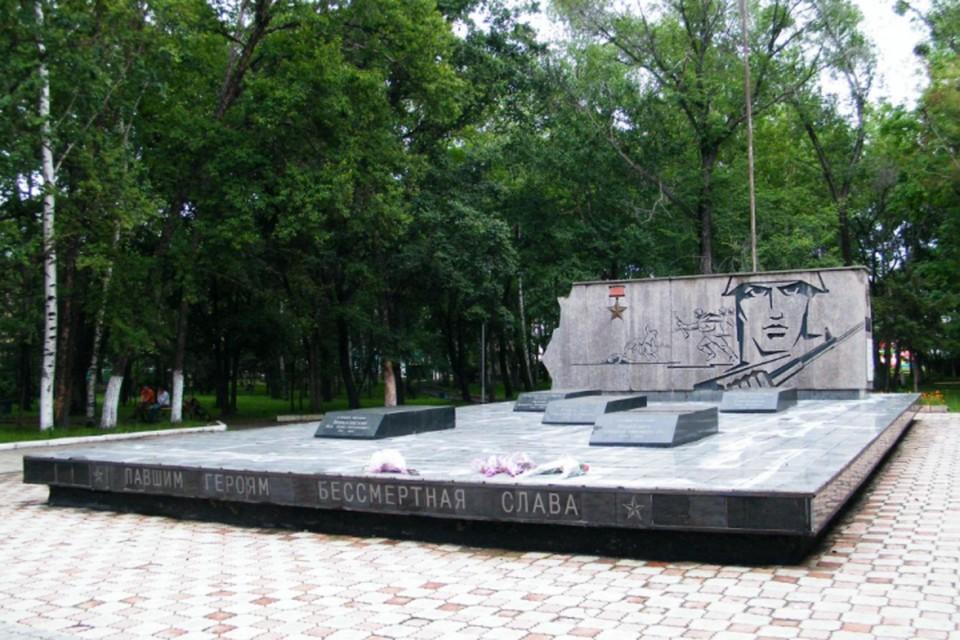 Памятник героям Даманского сейчас реставрируют. Фото: wikimapia.org
