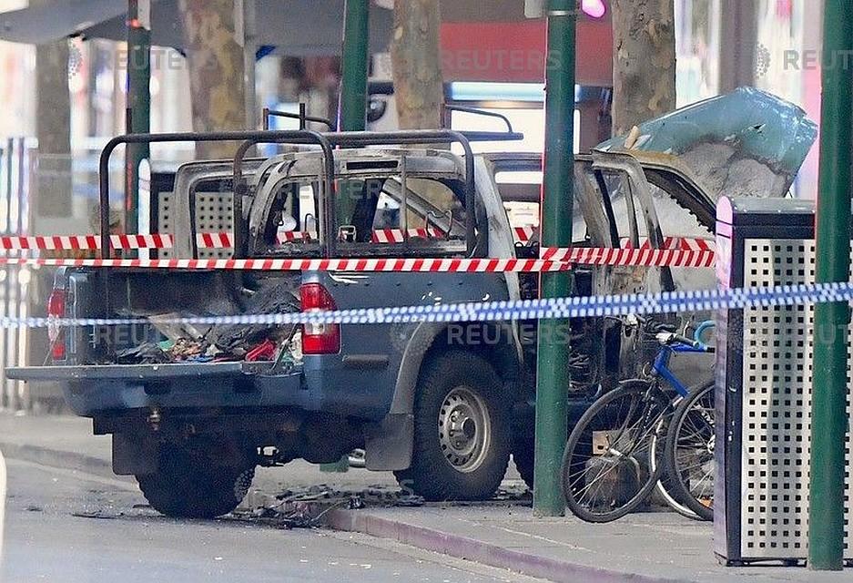 13:45Нападение в Мельбурне: полиция рассматривает версию теракта
