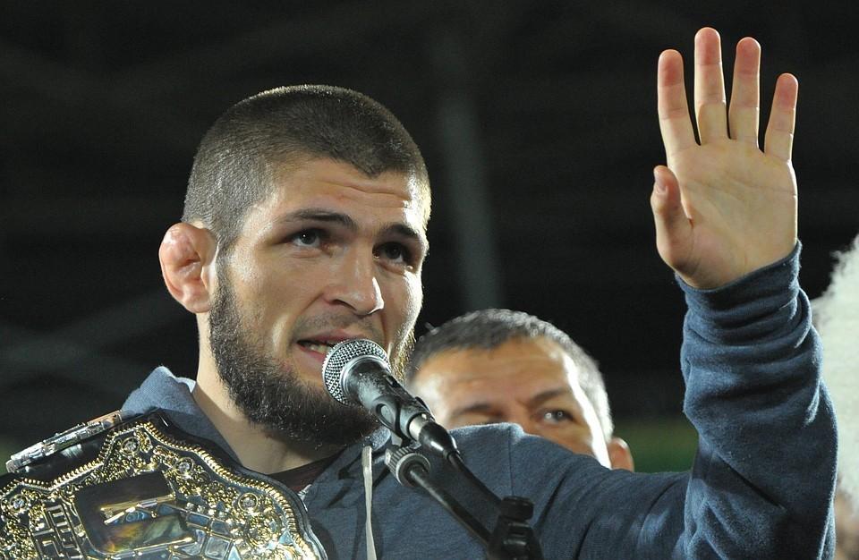 Хабиб Нурмагомедов стал чемпионом UFC в апреле, победив Эла Яквинту, а в октябре досрочно выиграл у Конора Макгрегора и защитил титул