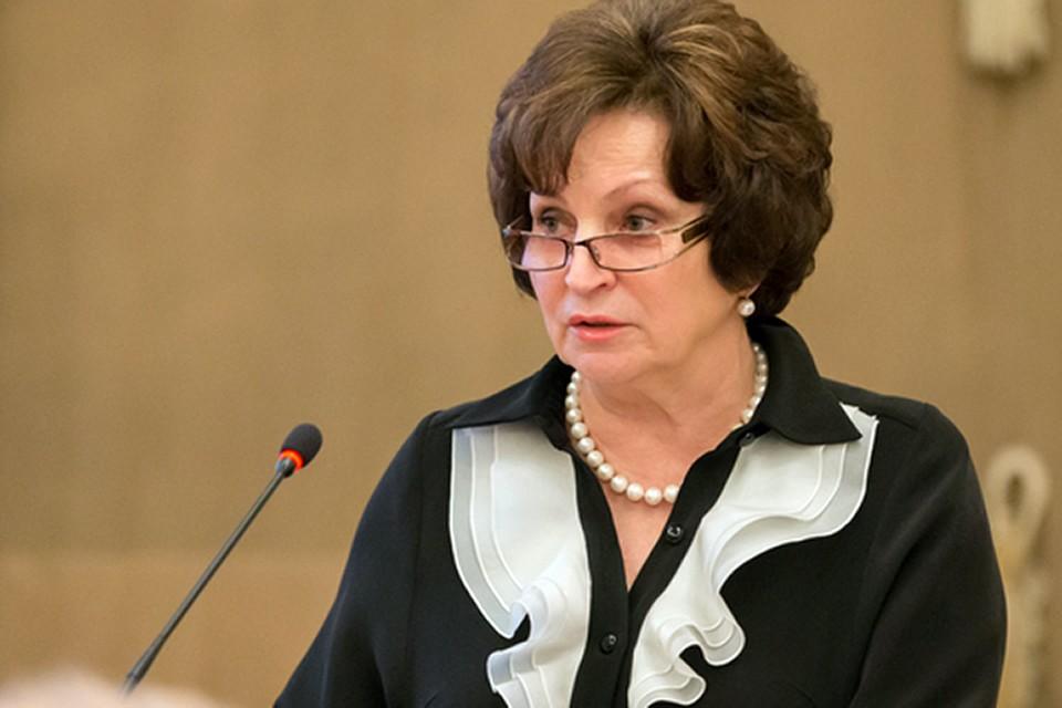 Дровишек в скандал подкинула сенатор Совфеда Екатерина Лахова