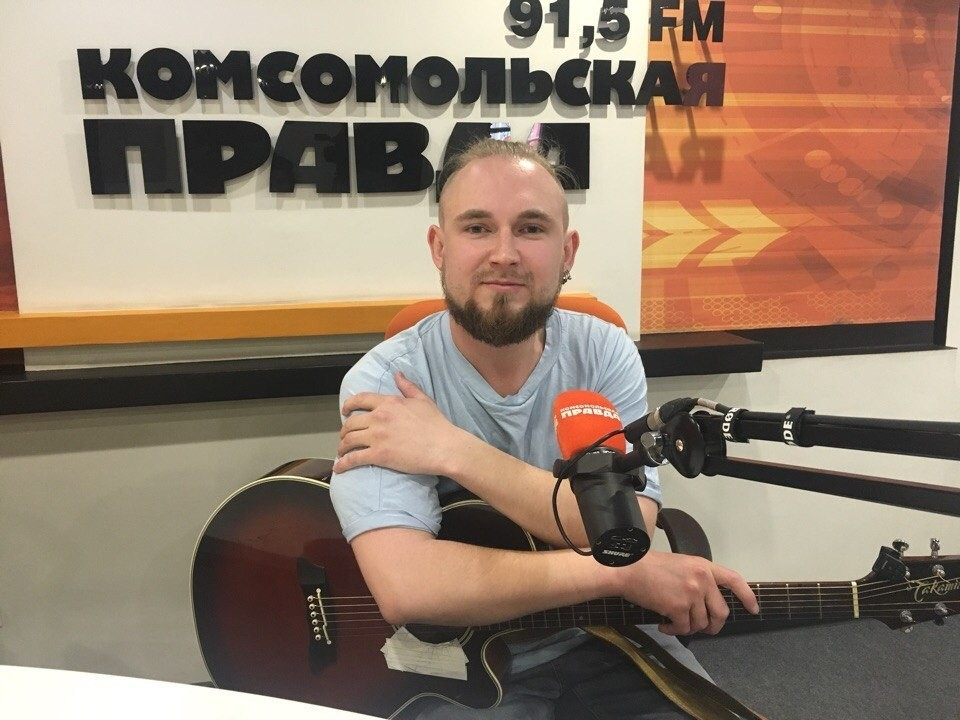 """Алексей Каюков, поэт, музыкант, лидер группы """"Неизвестный исполнитель"""""""