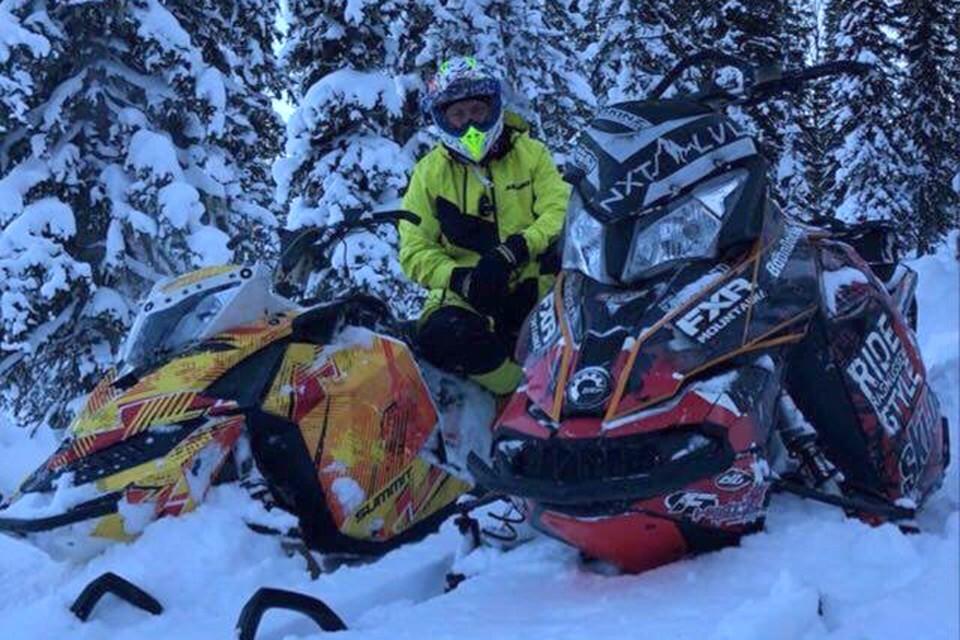 Группа туристов на снегоходах потерялась в Приисковом