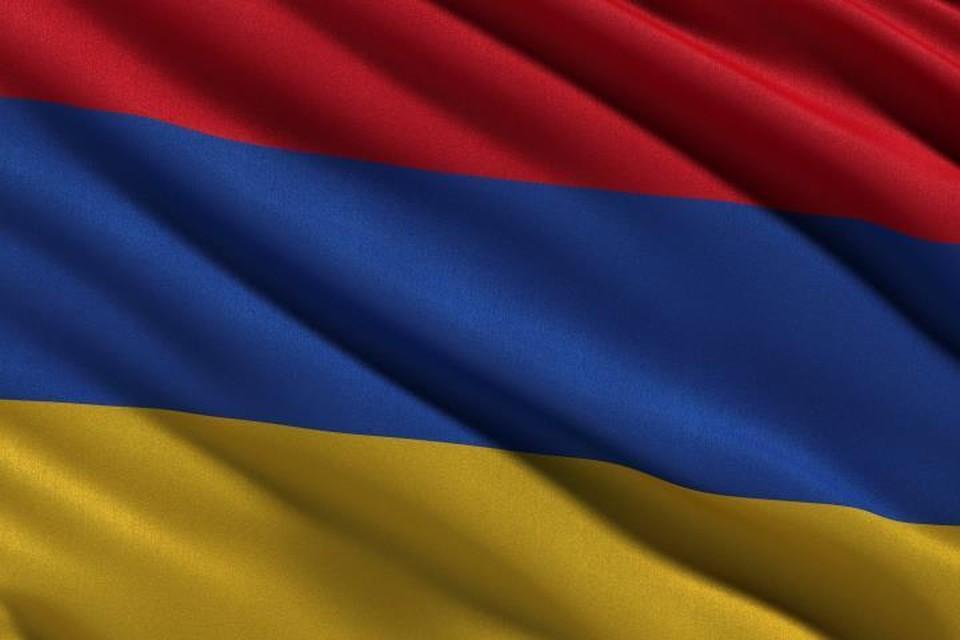 Минобороны Армении сообщило о потере связи с Су-25