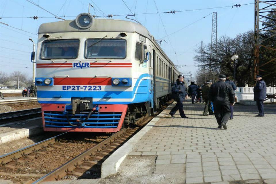За 11 месяцев Крымская железная дорога перевезла почти 3 миллиона пассажиров