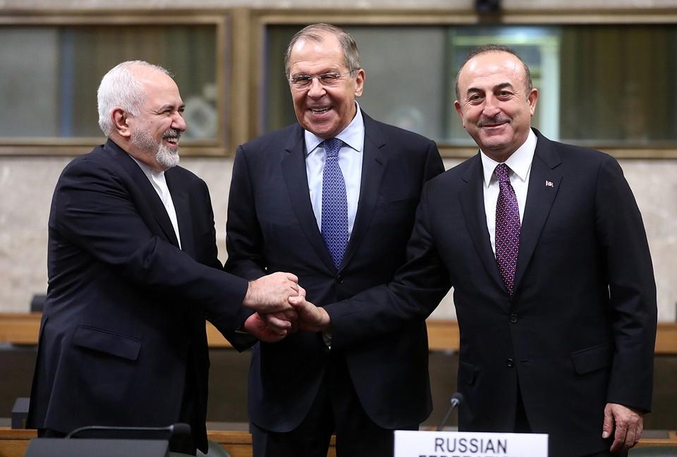 Россия, Иран и Турция договорились о создании конституционного комитета Сирии