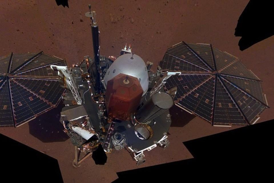Марсианский зонд (NASA's InSight lander) проявляет работоспособность.
