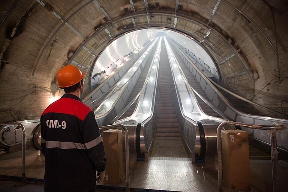 Политика: В Смольном пообещали раздать долги перед «метростроевцами» за декабрь