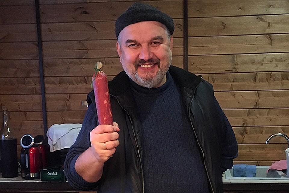 Иван Лахметкин бросил Москву, чтобы вдохновенно делать колбасу
