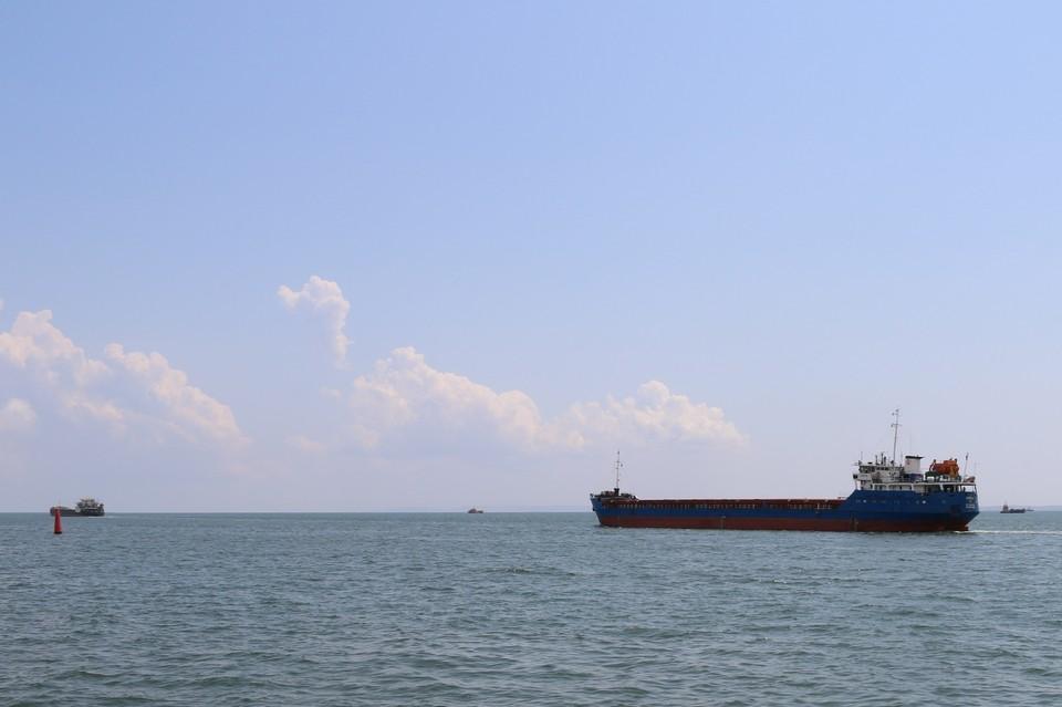 В районе Керченского пролива активное судоходство