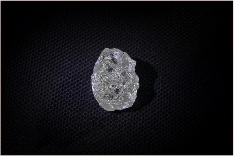 Последний алмаз сопоставимого размера был добыт в Якутии более 2,5 лет назад.