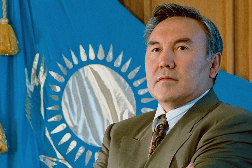 Президент Казахстана Нурсултан Назарбаев в 1992 году. Фото И. Будневича, Анатолия Устиненко (КАЗТАГ - ИТАР-ТАСС).