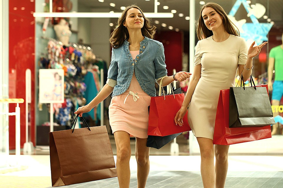 Стилисты посоветовали модницам как преобразить гардероб к новому сезону.