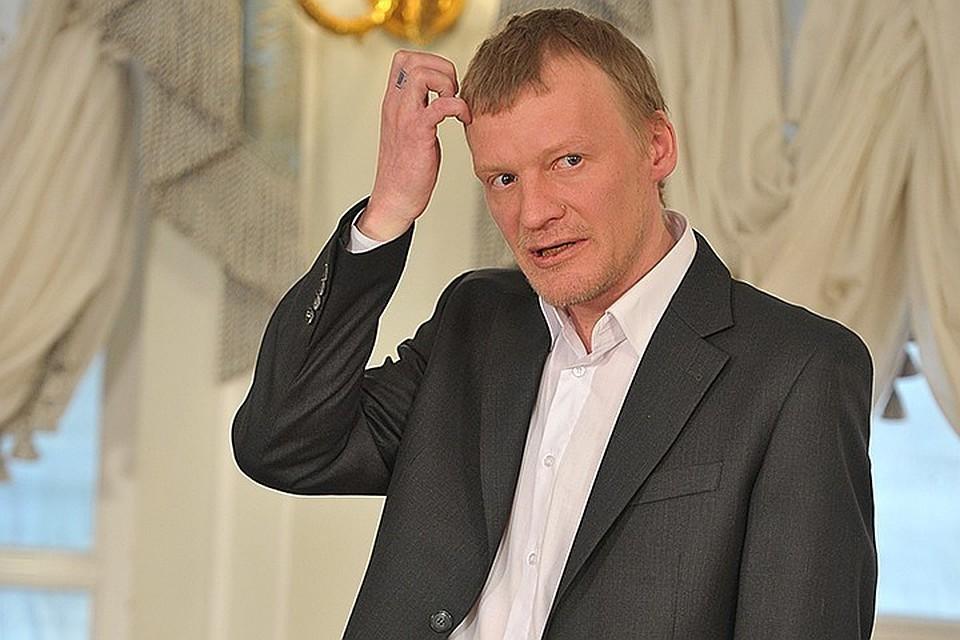 Новое скандальное интервью Алексей Серебряков записал в Лондоне