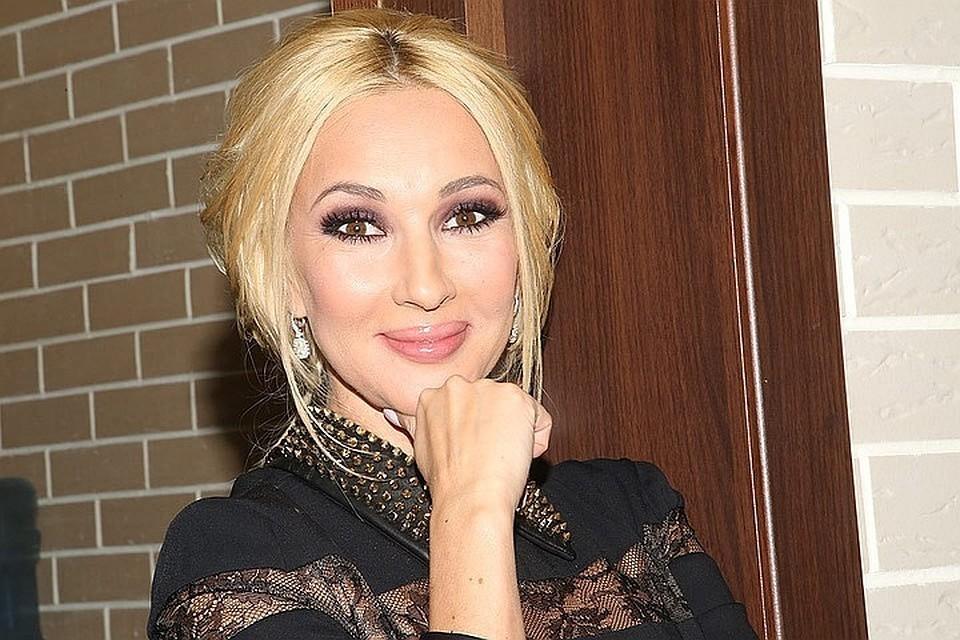 Лера Кудрявцева стала мамой в 47 лет